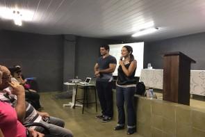 foto da cerimônia de abertura no auditório do Instituto Antônio Pessoa de Queiroz, que contou com uma boa presença de público, inclusive da diretora da t-access, Virgínia Chalegre.